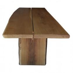 Tavolo in legno di quercia antica recuperato nel magazzino di nostro fornitore