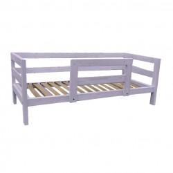 Letto in legno di abete con testata, pediera, sponda laterale, sponda antiribaltamento centrale, compreso di doghe in betulla